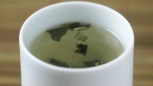 140114130422_green_tea_304x171_bbc_nocredit