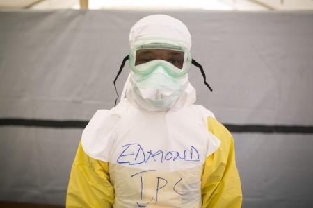 مادة مستخلصة من عشب طبي صيني تمثل علاجا واعدا لمكافحة الايبولا
